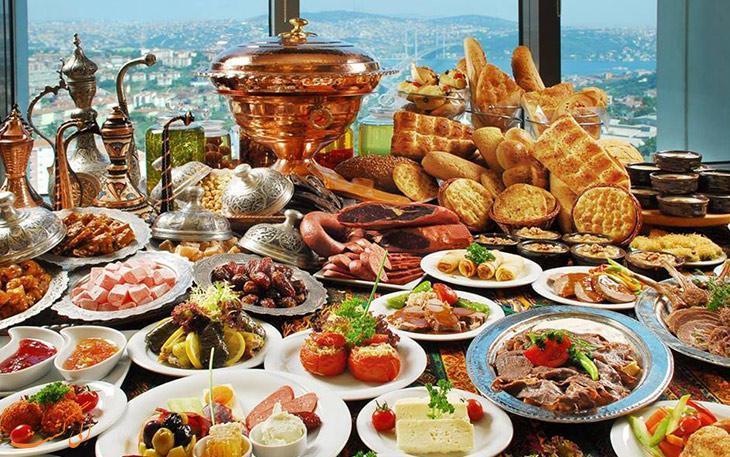 بهترین رستوران های منطقه تکسیم استانبول